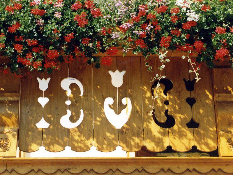 Palines de balcon travaillées - Modèle 411