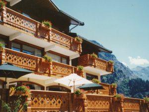 Palines de balcon travaillées - Modèle 403