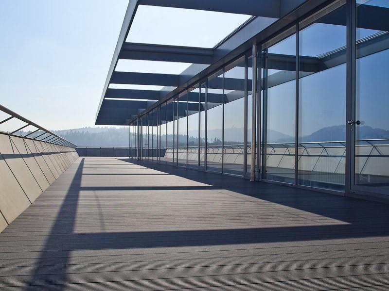 Lame de terrasse en composite UPM ProFi Deck 150 - Gris granité (Suisse)